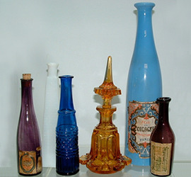 Click photo to see larger pic of Antique Scents and Colognes Bottles