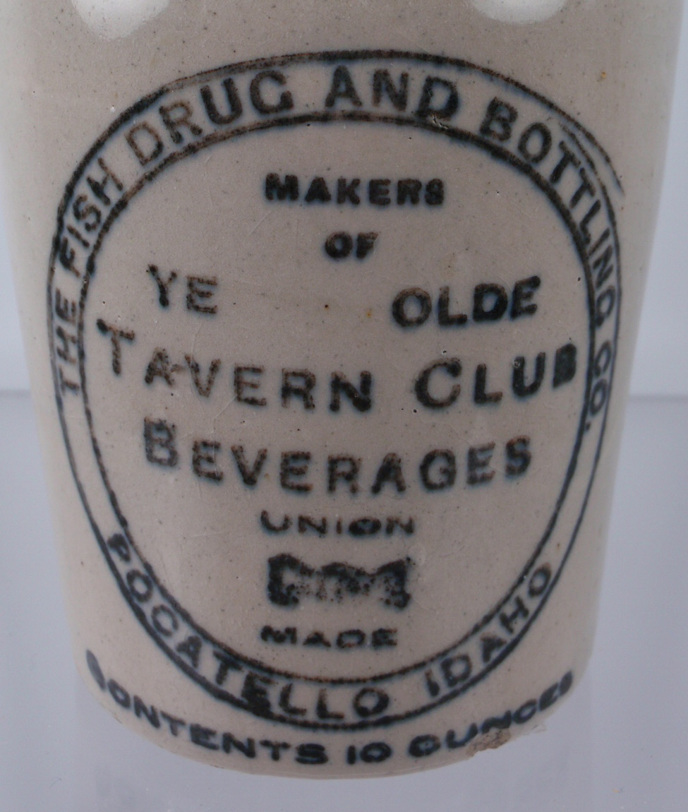 FISH DRUG AND BOTTLING CO. TAVERN CLUB BEVERAGES STONEWARE CROWN-TOP